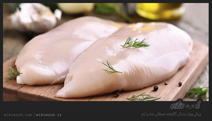 چگونه مرغ فاسد را تشخیص دهیم؟ / ویکی ووک