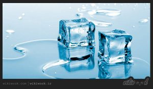 خوردن تکه های یخ