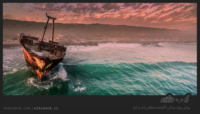 داستان انگیزشی شماره 11 - کشتی شکسته / ویکی ووک