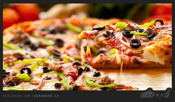 طرز تهیه پیتزا رست بیف خوشمزه - ویکی ووک