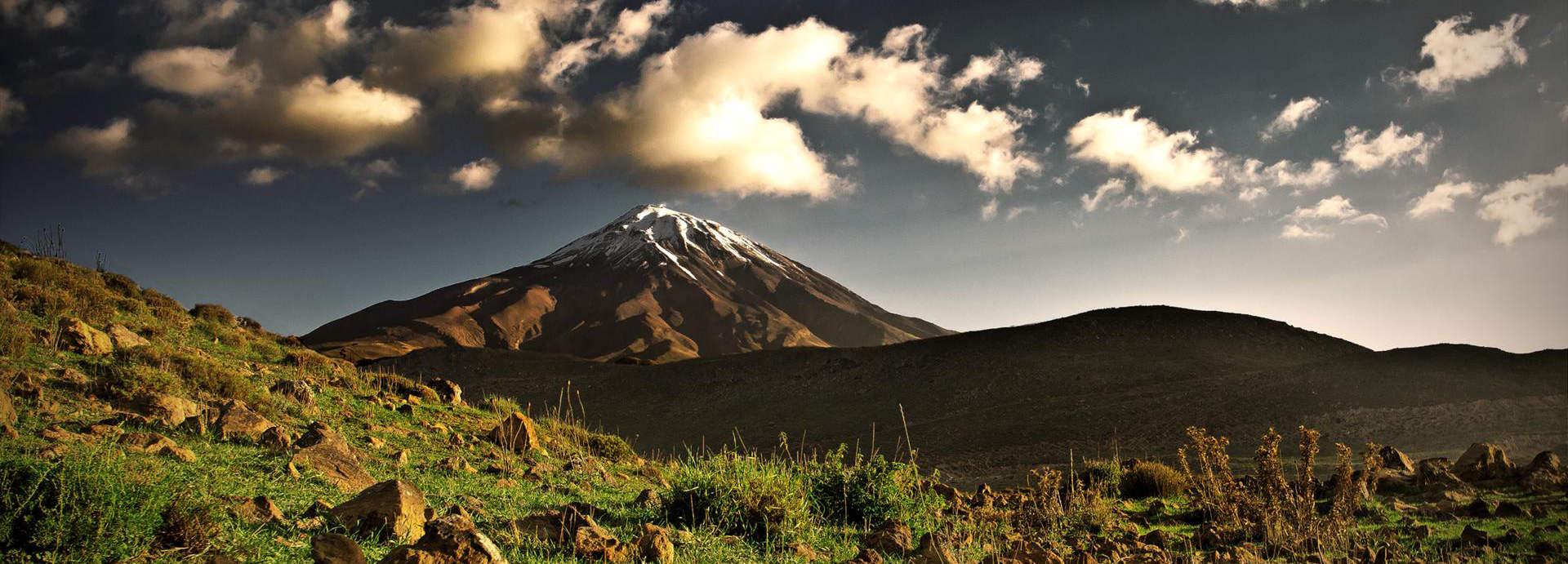کوه زیبای دماوند ایران - ویکی ووک