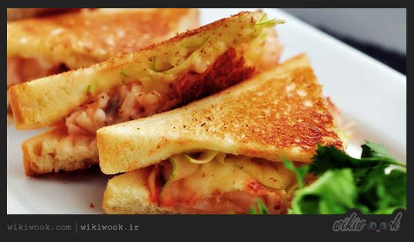 اسنک مرغ و قارچ پنیری یک غذای خوشمزه و ساده - ویکی ووک